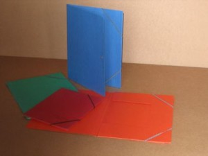 File for notebooks with elastic bands in the corner A4 and A5