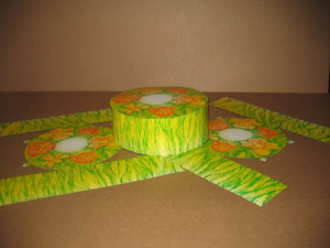 Round package for confectionery