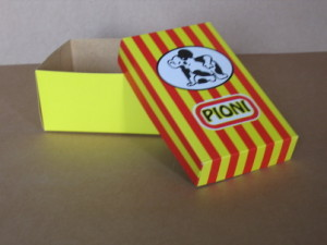 Box for children's footwear